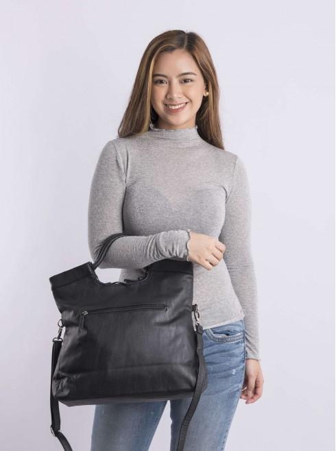 Hand & shoulder bag
