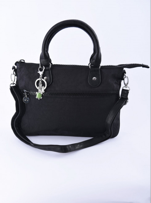Bag with chain